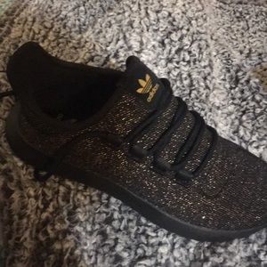 gold sparkle woman's adidas 51/2
